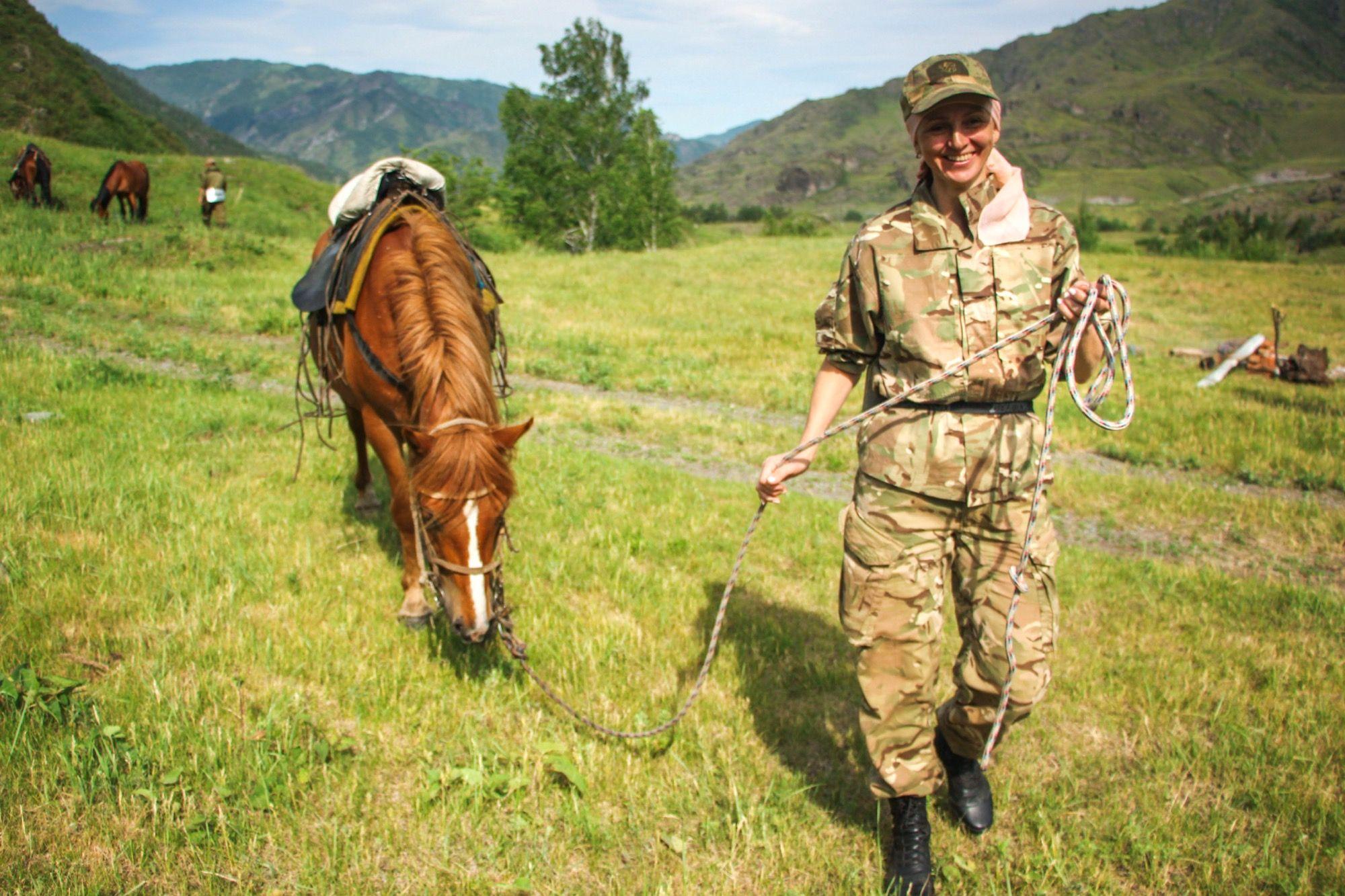Лошадь с инструктором