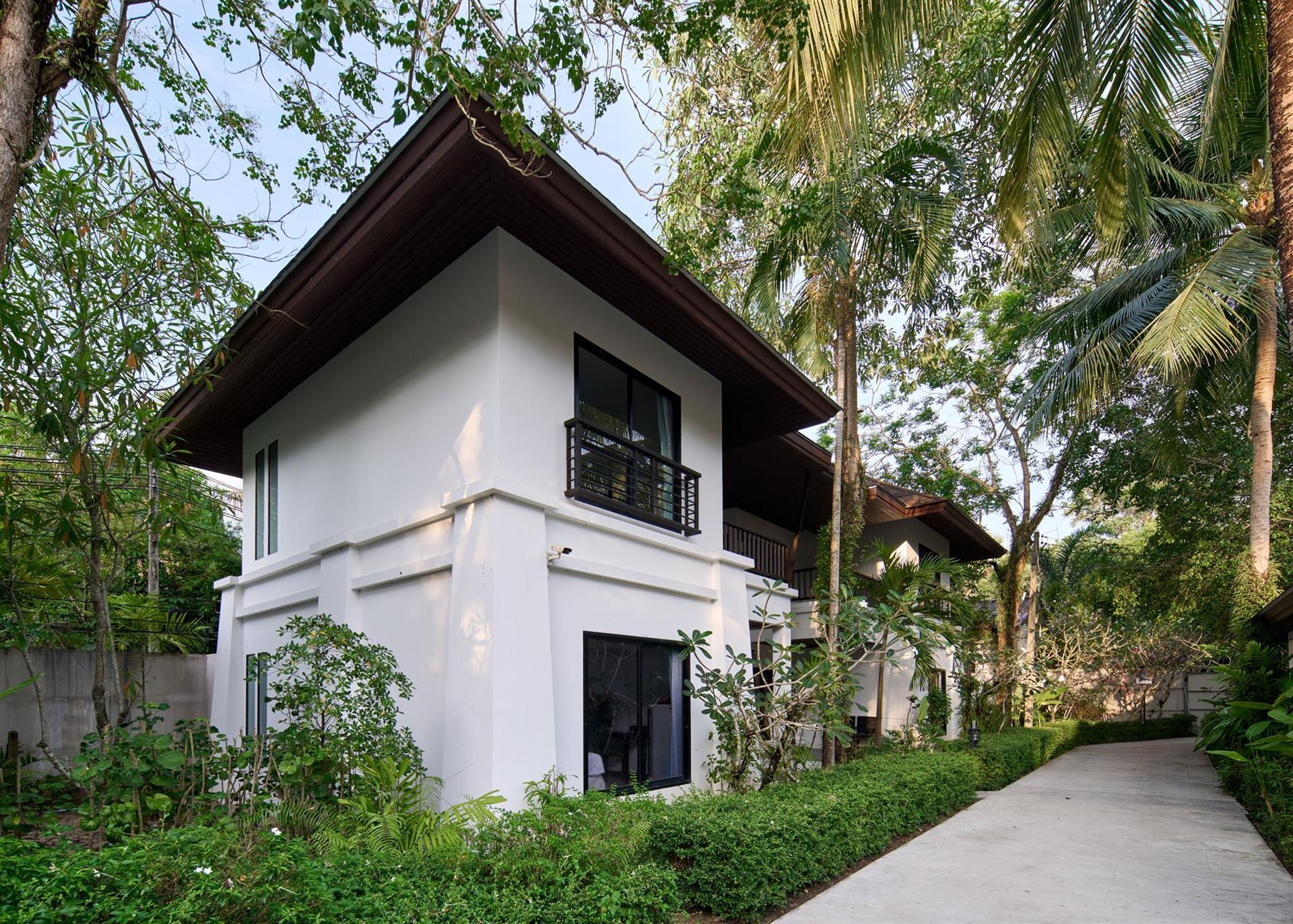 Хороший отель на отличном пляже на Пхукете! таиланд!